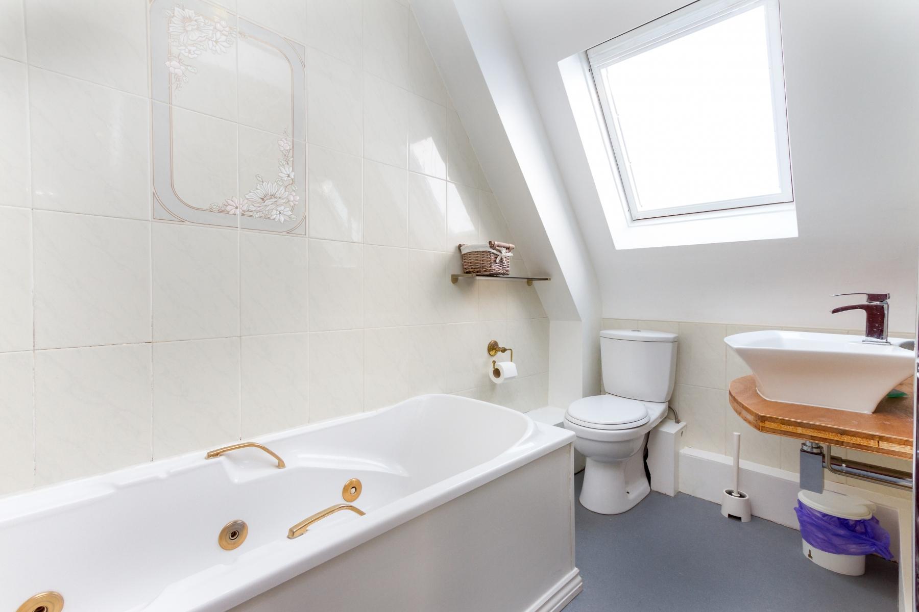 Bathroom_Cumbria-Park-830