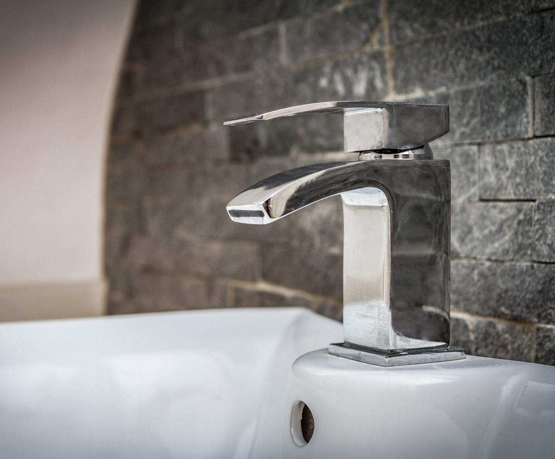 Bathroom_Cumbria-Park-2-916