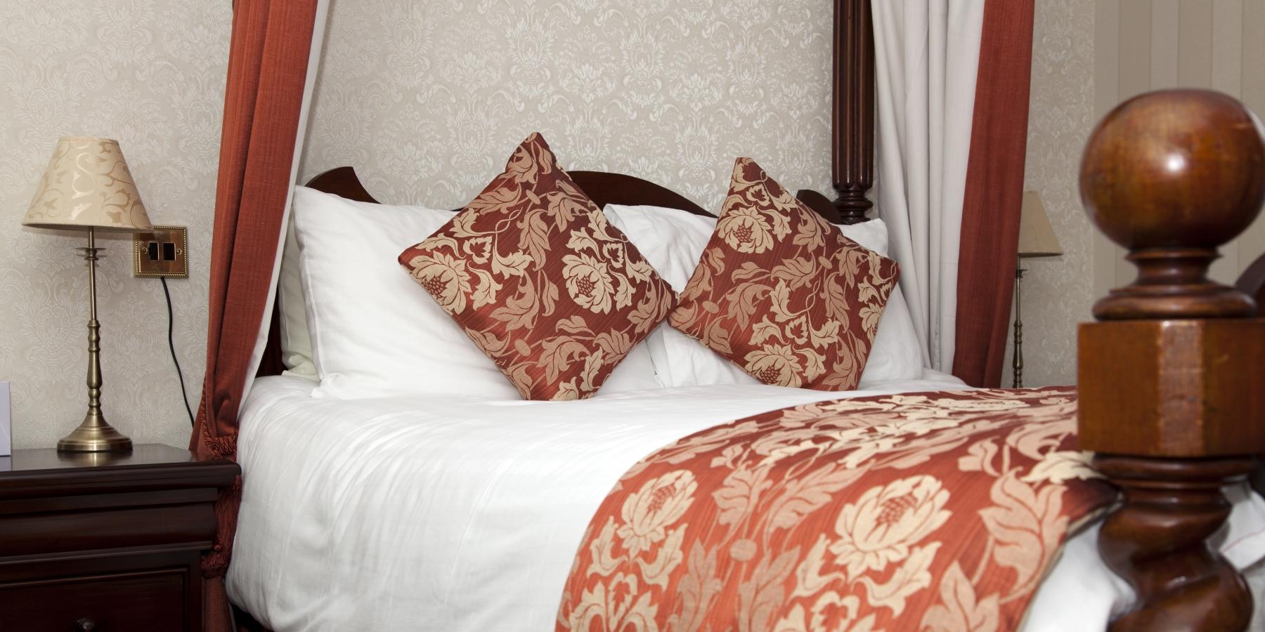 Room-101-02-pano1