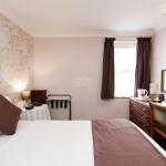 standard-double-room--v9658601