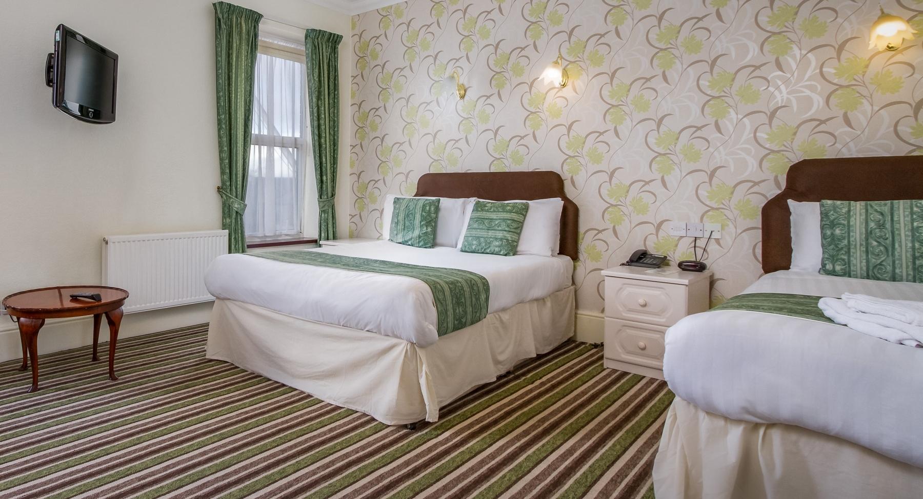 Family_Cumbria-Park-Hotel_1
